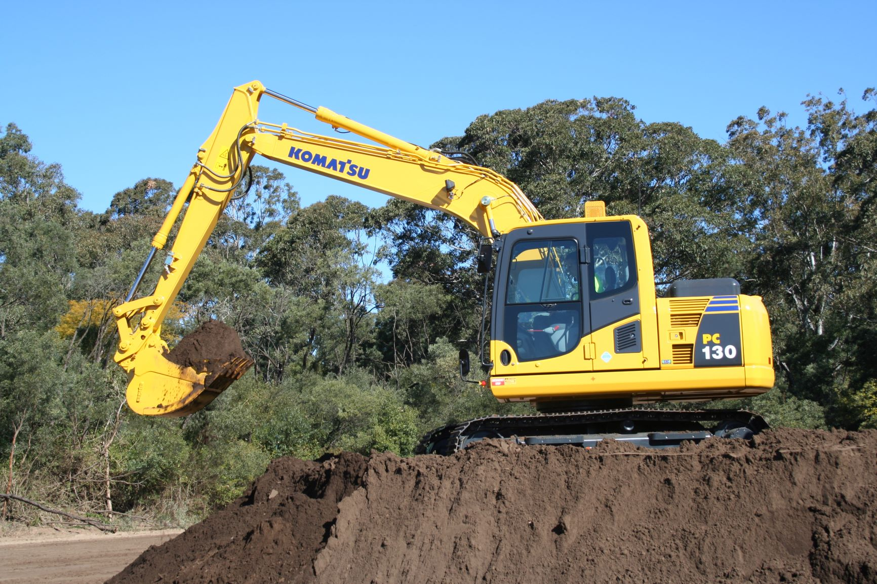 Komatsu PC 130-8 Excavator